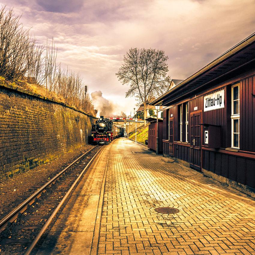 Bimmelbahn am HALTEPUNKT