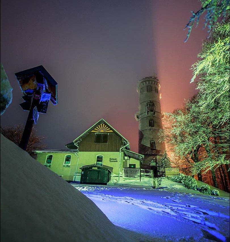 Lichtspielerei am Hochwaldturm